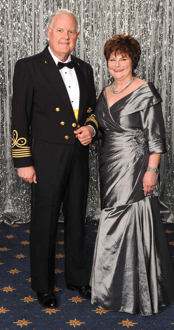 Commodore Carl Drechsel and first lady, Sandy Drechsel.